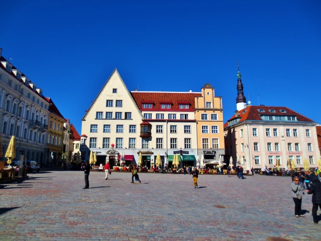 Town Hall Square in Old Town Tallin. Photo by Wake and Wander.
